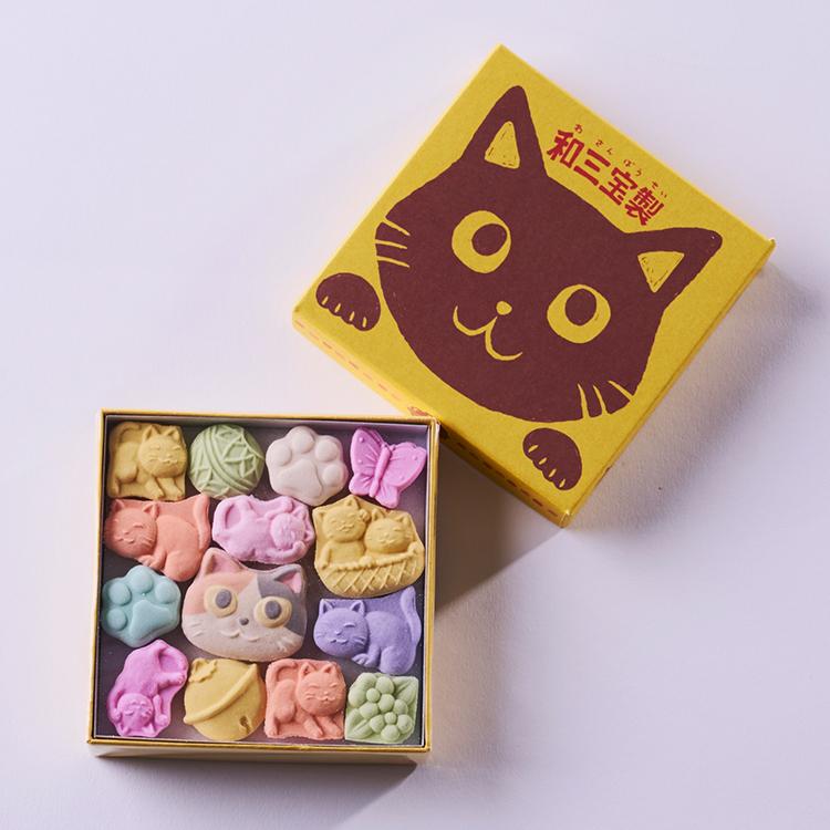 地階 和菓子 <清月堂本店> かわいらしい猫の形をした和三盆の詰め合わせ。 <清月堂本店>ねこづくし(1箱) 税込810円 期間限定